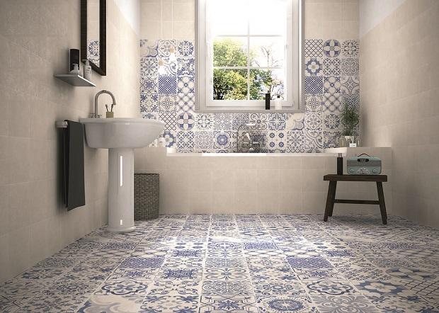 голубая плитка для дизайна ванной