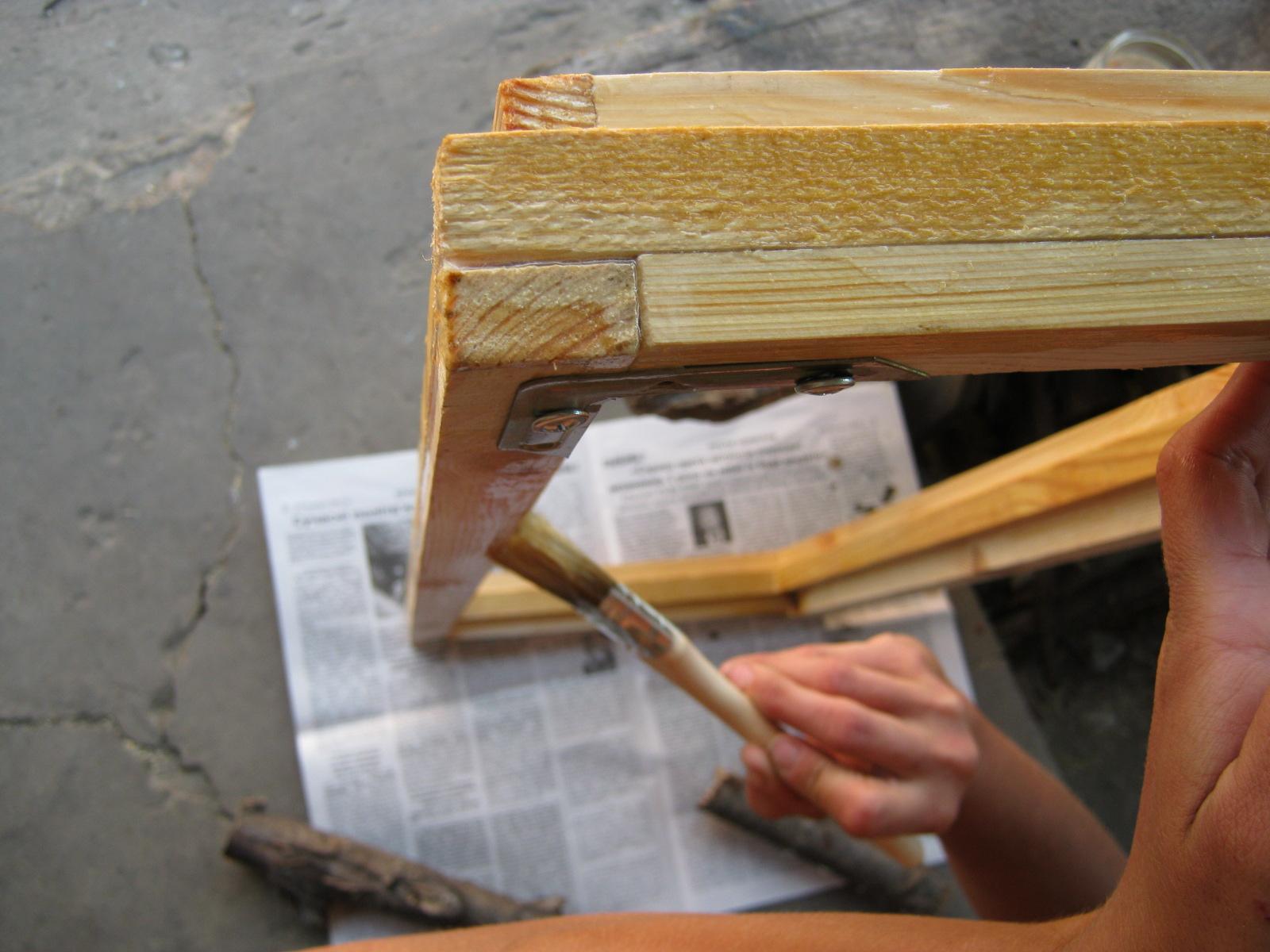 как покрасить оконные рамы