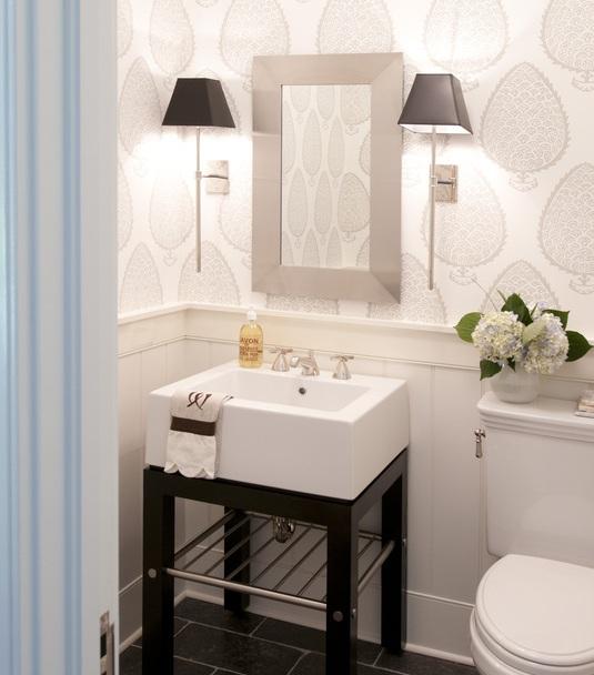 фото освещения для маленькой ванной комнаты