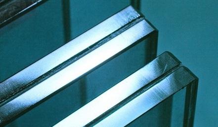 Замена многослойного стекла в двери